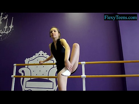 Amateur naked teen ballerina