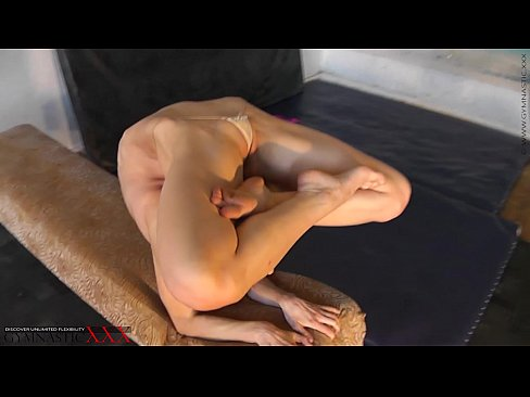 Hot erotic contortion by Tanya